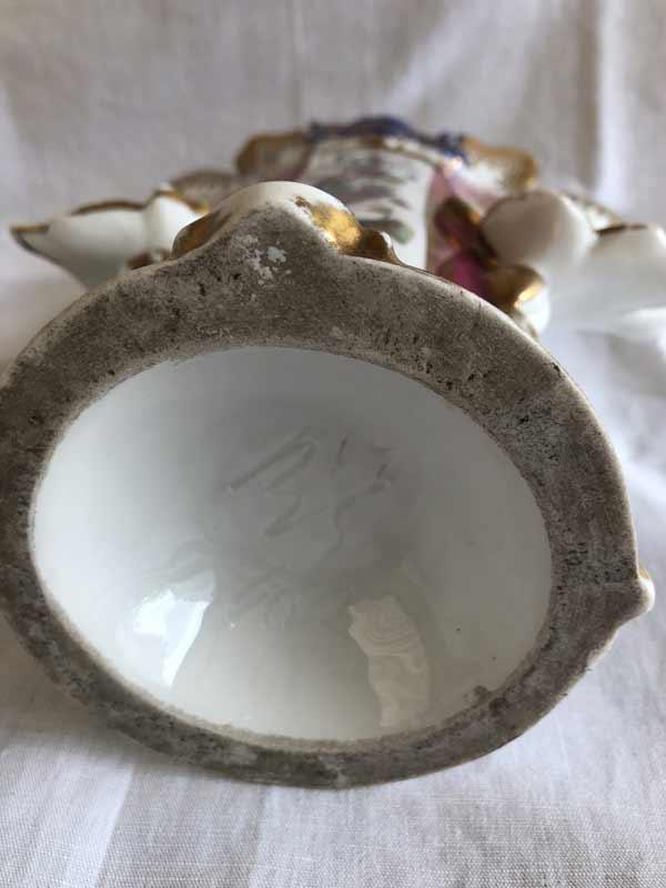 Grand vase en porcelaine de Paris décoratif