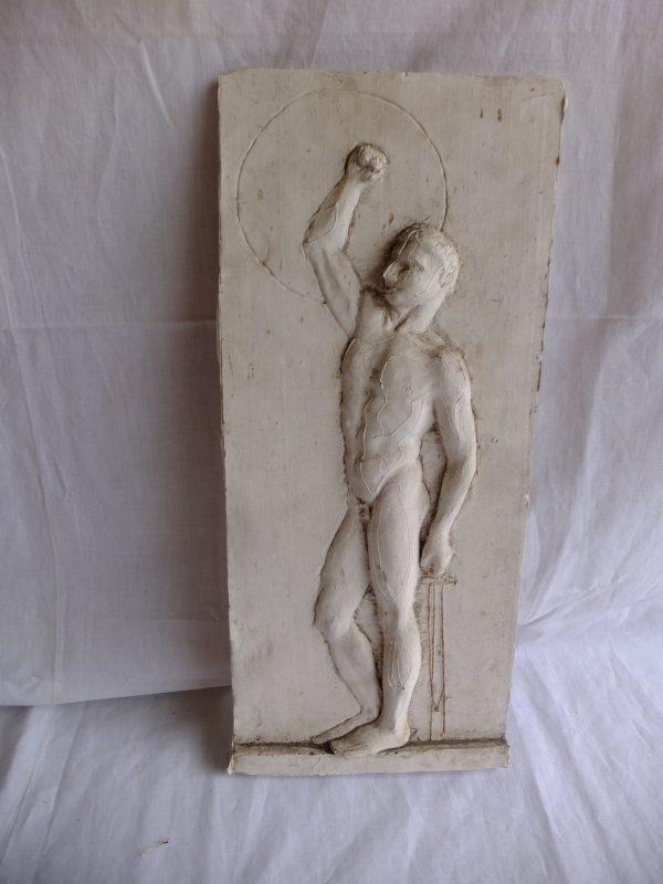 Sculpture plâtre de jeune homme nu